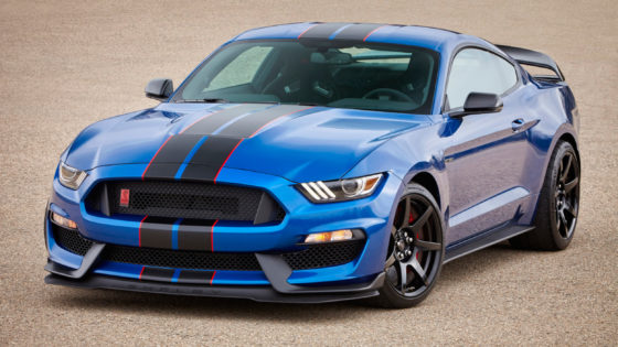 2017-ford-shelby-gt350-mustang-01-1